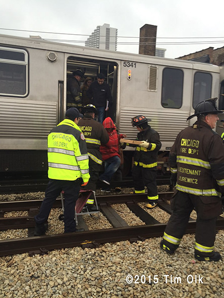 CTA trail derails in Chicago