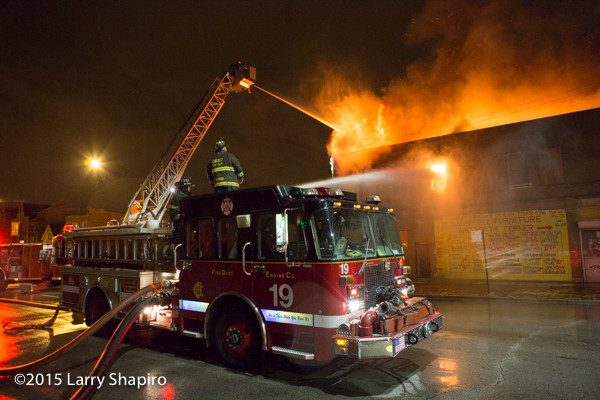 Chicago FD Engine 19 at fire