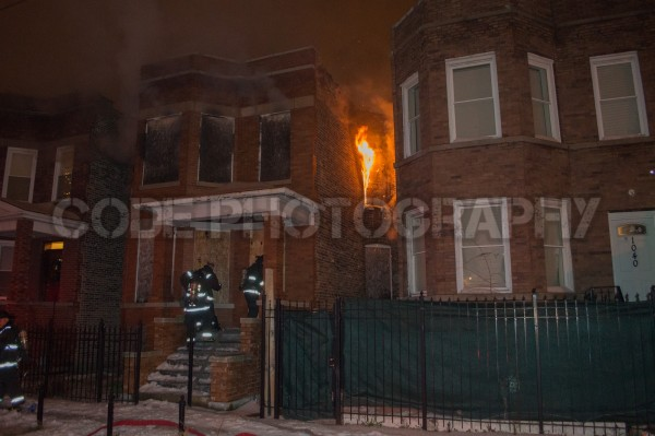 Chicago firefighters at vacant building fire