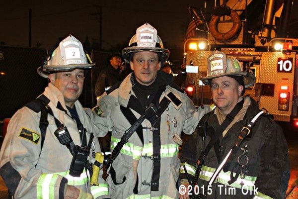 Chicago chiefs posing at fire scene