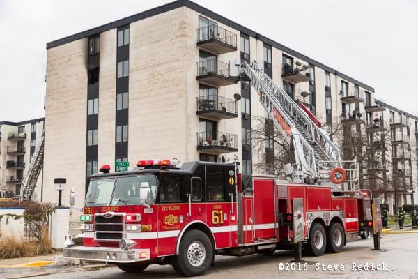 Des Plaines FD fire engine