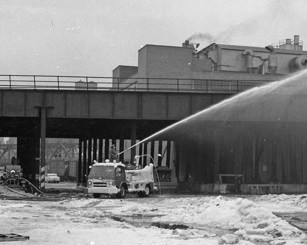 Chicago FD Ahrens Fox engine and high-pressure wagon at the scene of the Hubbard Street fire