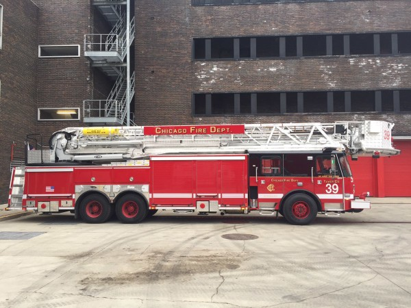 E-ONE tower ladder for Chicago FD