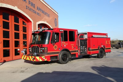 Ferrara Igniter fire engine