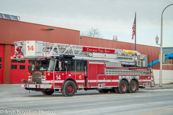 2016 E-ONE Cyclone II tower ladder for Chicago FD Tower Ladder 14