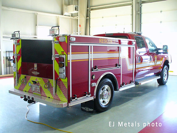 small rescue vehicle for fire department