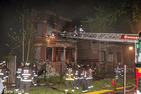 night fire scene in Chicago