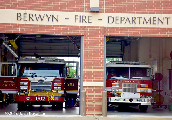 Berwyn FD new and old Engine 902 in quarters