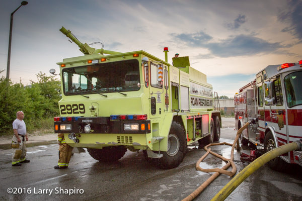 Oshkosh ARFF at fire scene
