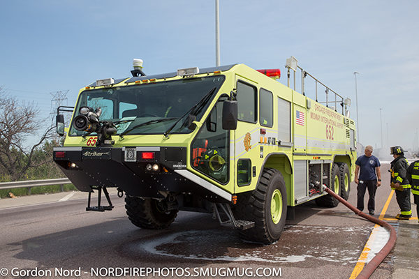 Chicago FD ARFF 652 Oshkosh Stiriker