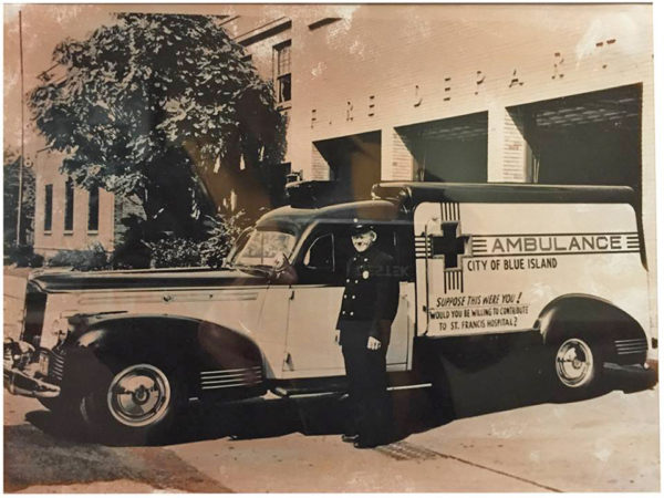 1942 Packard/Henney Ambulance of the Blue Island Fire Department