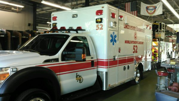 Lincolnshire-Riverwoods FPD Ambulance 52