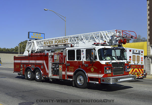 River Forest FD fire truck