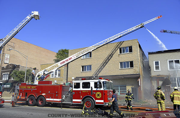 old Seagrave ladder at work