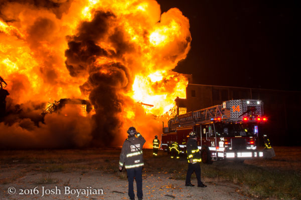 Chicago FD Tower Ladder 14 at a massive warehouse fire in Chicago