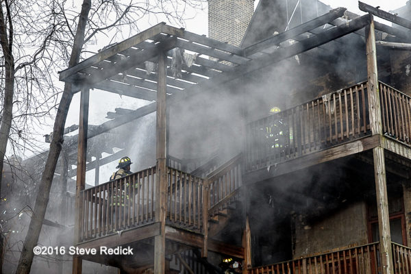 fire in the rear of an apartment building