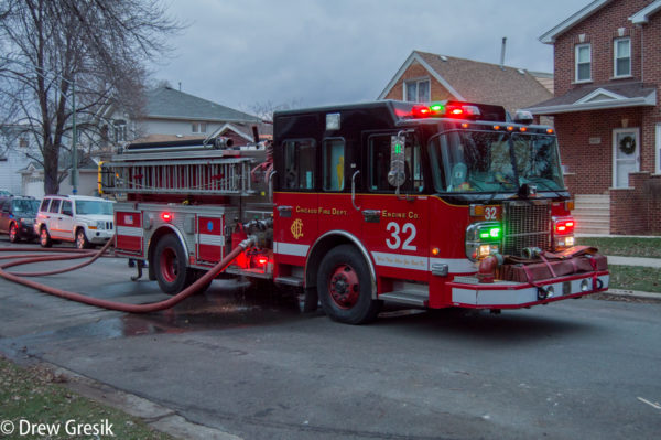 Chicago FD Engine 32