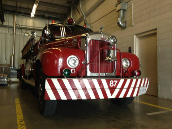 1960 B-Model Mack fire engine
