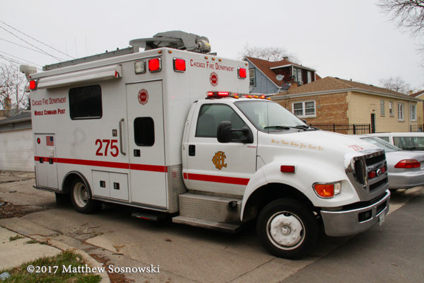 Chicago FD Comm Van 275
