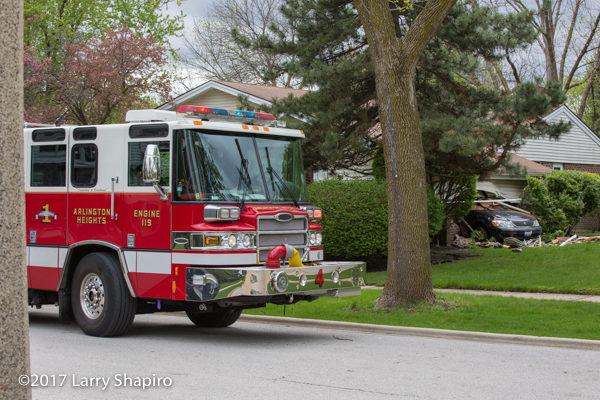 Arlington Heights FD Engine 4 Pierce Quantum