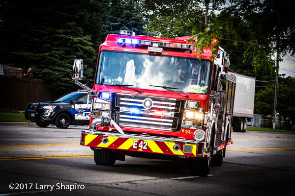 Wheeling FD Engine 42 Rosenbauer Commander