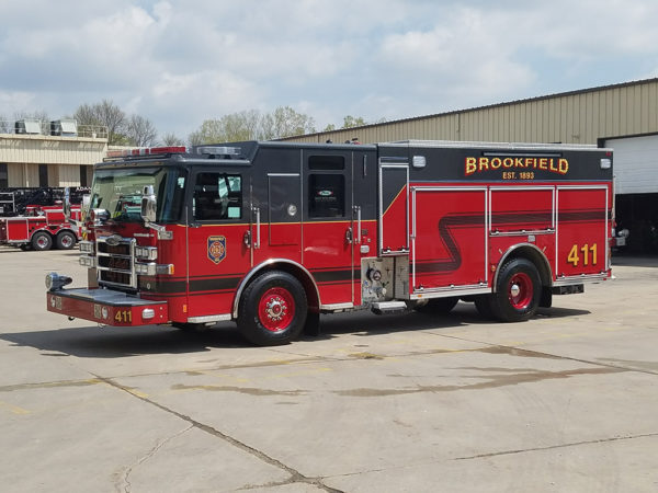 Brookfield FD Engine 411 Pierce Enforcer PUC