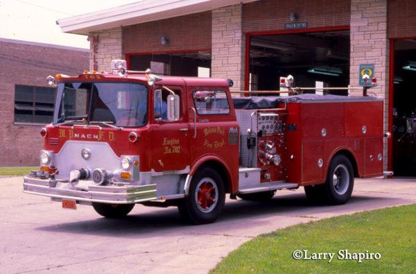 Melrose Park FD classic Mack CF fire engine