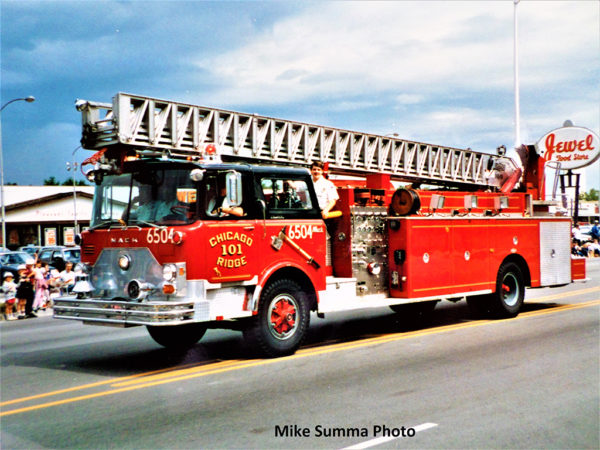 vintage Pirsch ladder truck on a Mack CF chassis