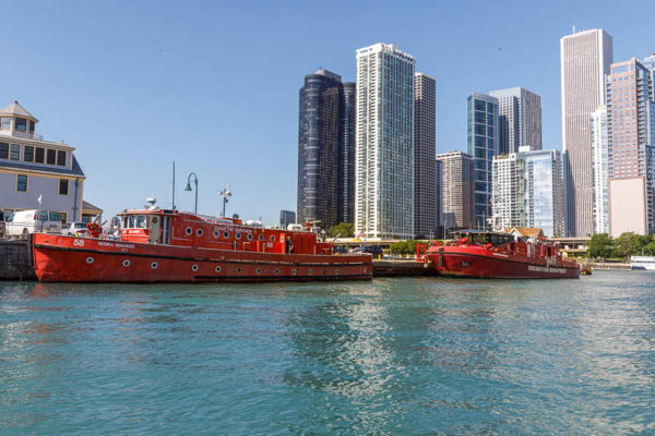 Chicago FD fire boats