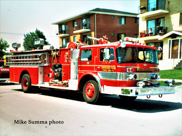 Bridgeview FD E15, a 1970 Pierce/Oshkosh 1500/500