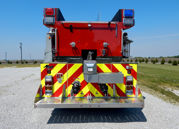 new 3,000-gallon tanker for the Fox lake FPD