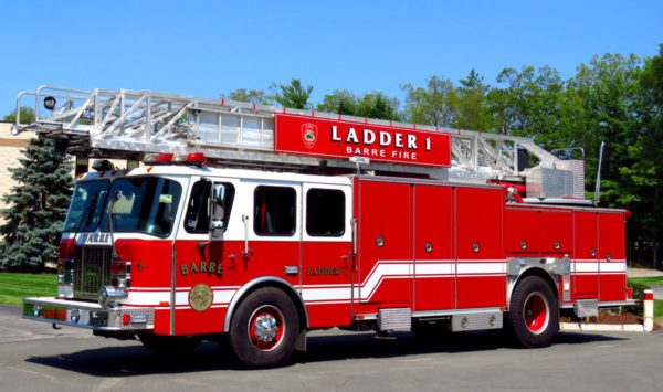Barre FD (MA) Ladder 1 is former Evergreen Park FD Truck 44.