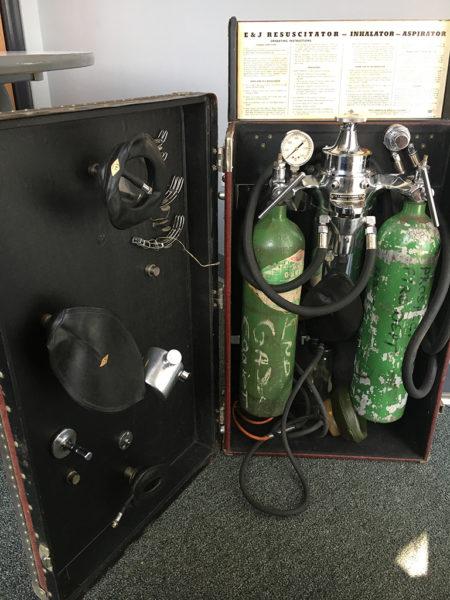 E&J Resuscitator-Inhalator