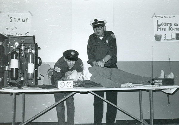 early CPR demonstration by PHFD Deputy Chief Ron Olsen