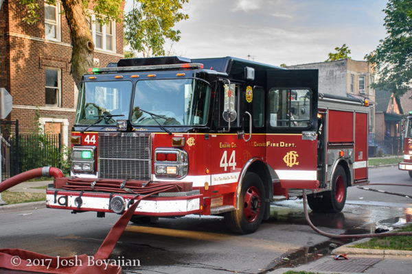 Chicago FD Engine 44