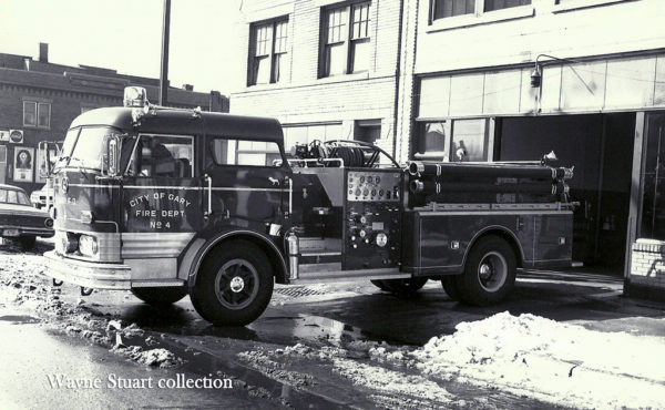 "1966 Mack ""C"" model pumper"