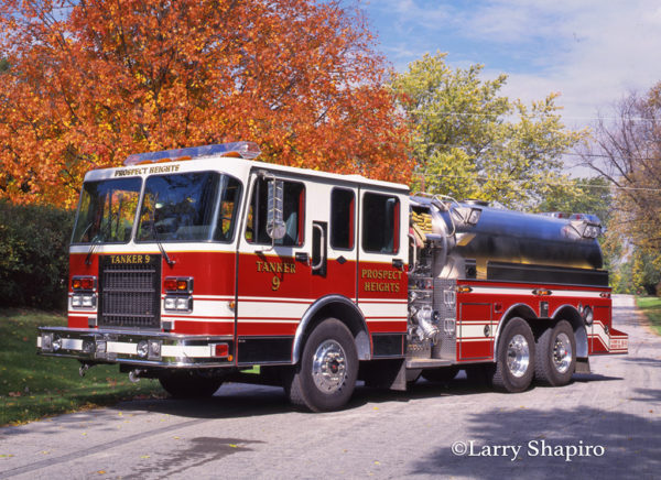 Spartan Gladiator S&S pumper tanker with rear steer