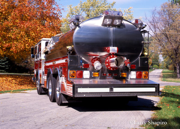 fire department tanker with rear dump valve
