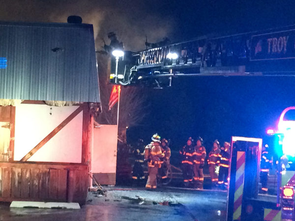 Skooters Roadhouse fire in Shorewood