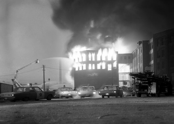 massive fire in Chicago in 1966 vintage Chicago police cars