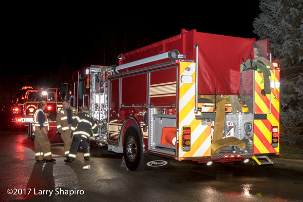 Lake Zurich FD Engine 324 drafting from a portable tank
