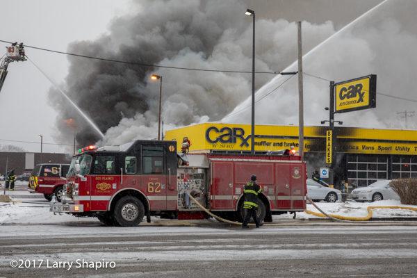 Des Plaines FD Engine 62 at fire scene