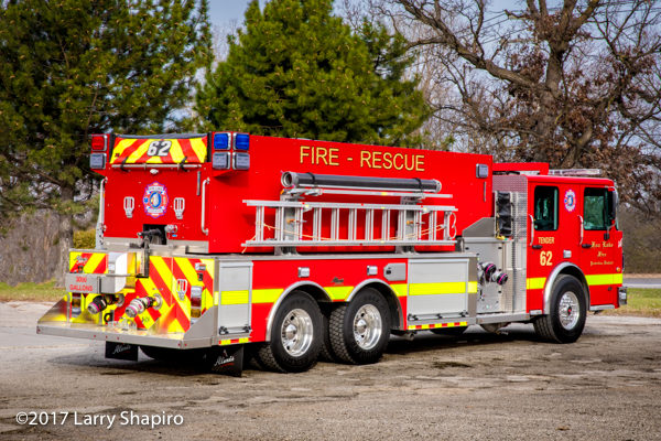 Fox Lake FPD Tender 62