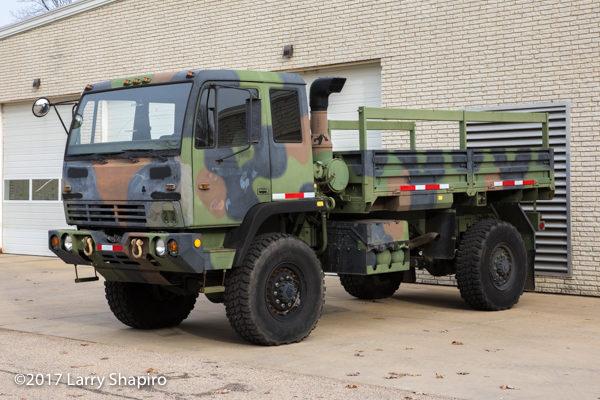 1998 Stewart & Stevenson 4x4 LMTV, M-1078 cargo truck4