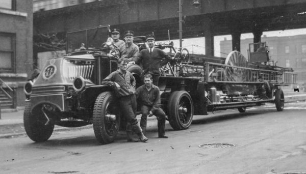 Howard Hensel shot of Chicago FD Truck 11 1930