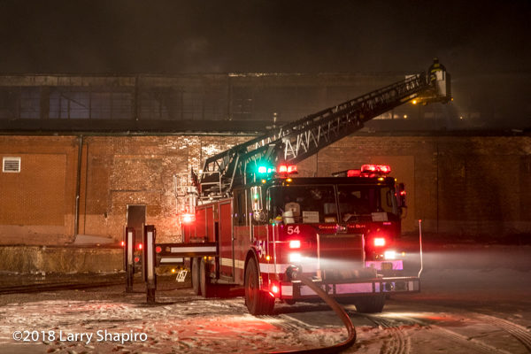 Chicago FD Tower Ladder 54 at work