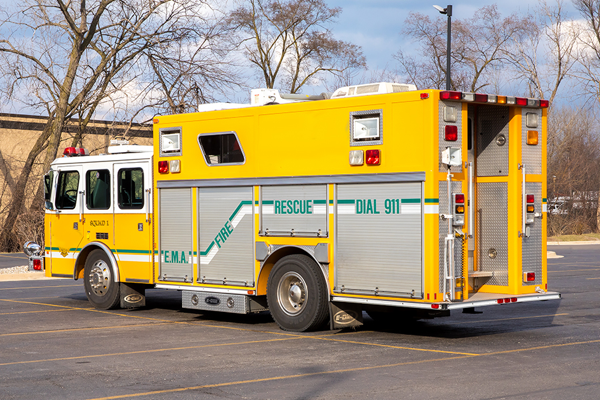 1995 E-One Heavy Duty Walk-In rescue