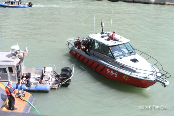 Chicago FD Fast Boat 688