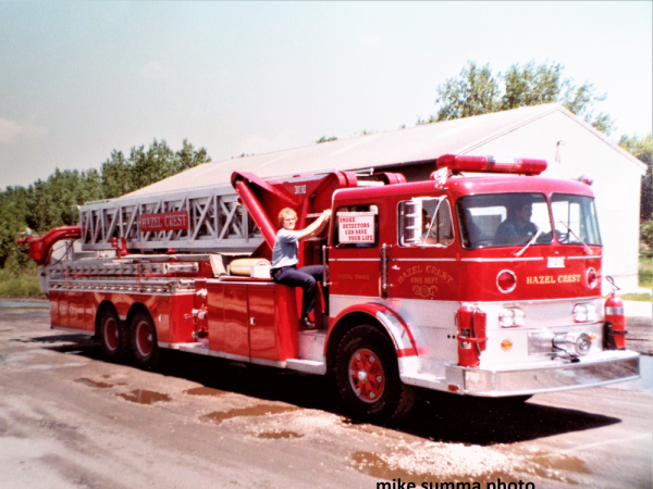 1967 Sutphen aerial tower ladder