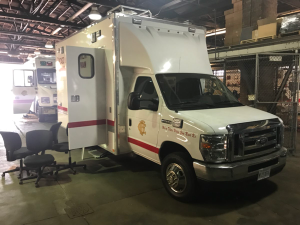 Chicago FD Mobile Command Van